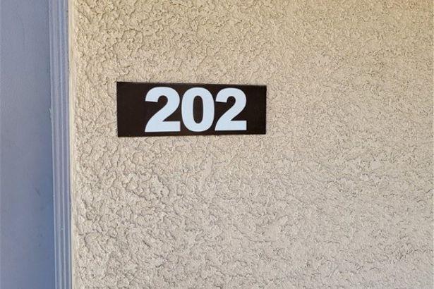 2011 Sue Court #202