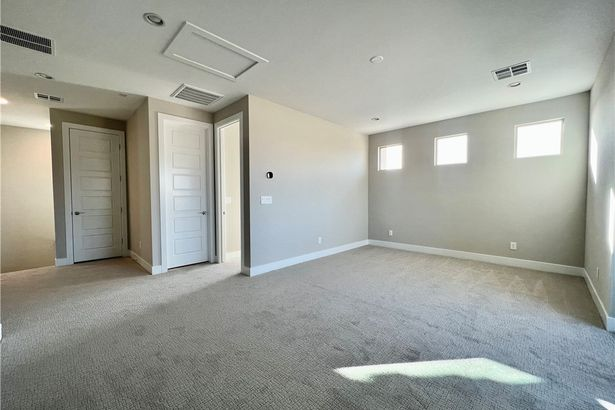 12429 Skyracer Drive