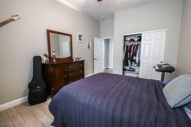 4716 Overlook Ranch Street