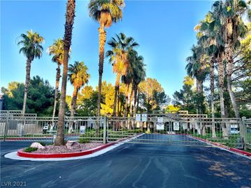 7701 Tackle Drive #207, Las Vegas, NV, 89128,