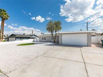 953 Count Wutzke Avenue, Las Vegas, NV, 89119,