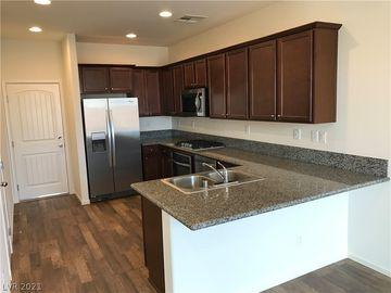 8284 Southern Cross Avenue, Las Vegas, NV, 89131,