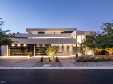 26 Sun Glow Lane, Las Vegas, NV, 89135,