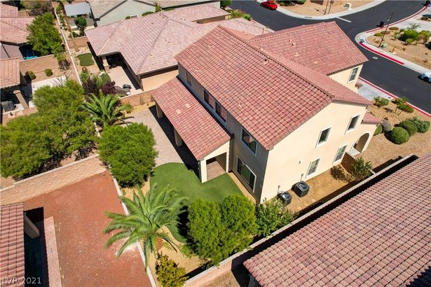 7305 Pinfeather Way