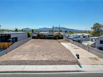 277 Navajo Drive, Henderson, NV, 89015,