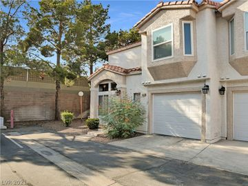 6964 Coral Rock Drive, Las Vegas, NV, 89108,