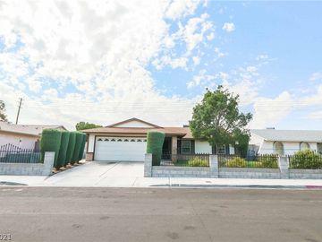 6909 Old Castle Drive, Las Vegas, NV, 89108,