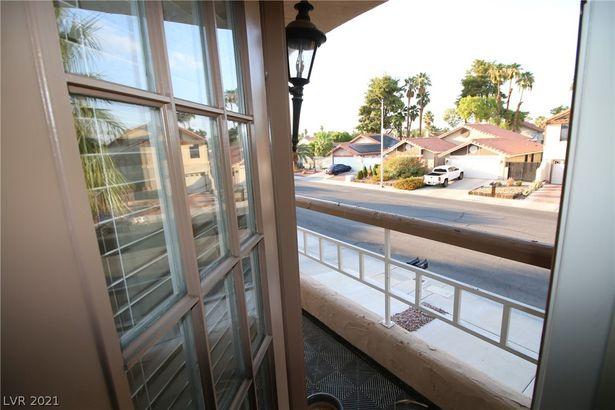 2701 Miraflores Avenue