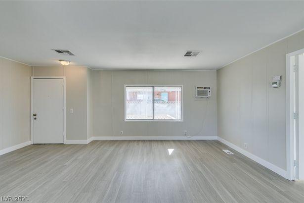 6185 Castlemont Avenue