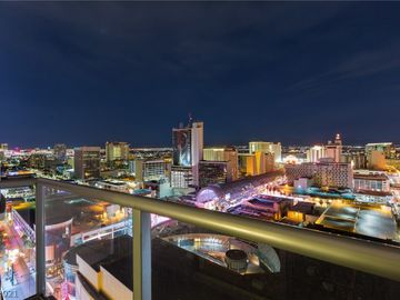 150 Las Vegas Boulevard #2304, Las Vegas, NV, 89101,