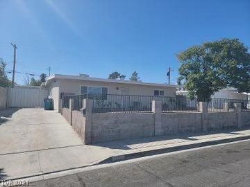 5105 Santo Avenue, Las Vegas, NV, 89108,