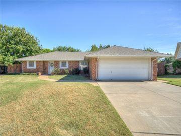 7140 Woodridge Avenue, Oklahoma City, OK, 73132,