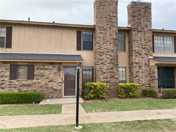 817 Two Forty Place, Oklahoma City, OK, 73139,