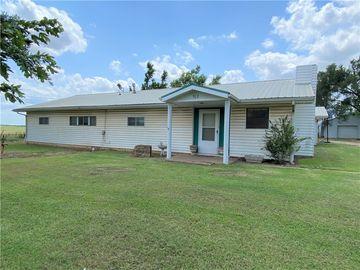 702 W Noble, Orlando, OK, 73073,