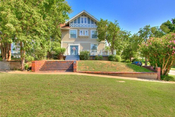 601 NW 17th Street