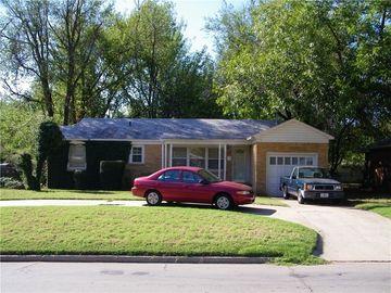 1032 W Boyd Street, Norman, OK, 73069,