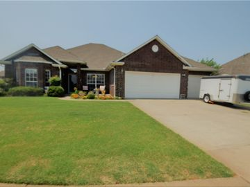 9601 S Hillcrest Drive, Oklahoma City, OK, 73159,