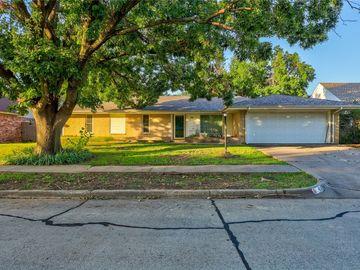 416 S Ranchwood Manor Drive, Oklahoma City, OK, 73139,