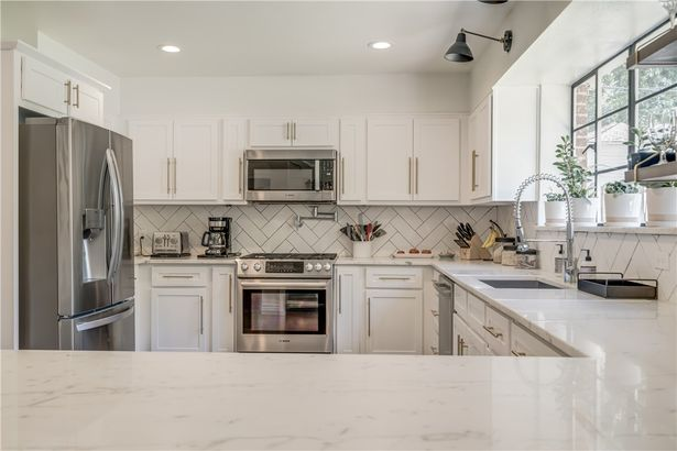 837 NW 39th Street