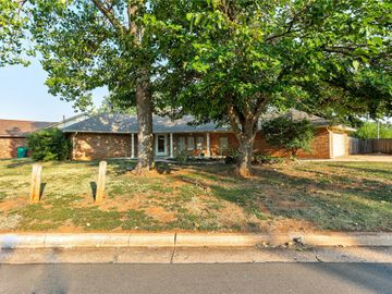 11513 Greystone Avenue, Oklahoma City, OK, 73120,