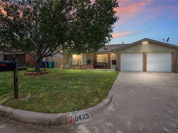 8425 Bigwood Drive, Oklahoma City, OK, 73135,