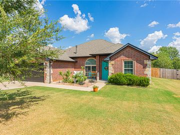 2013 Central Parkway, Norman, OK, 73071,
