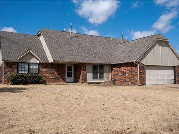 10005 S Allen Drive, Oklahoma City, OK, 73139,