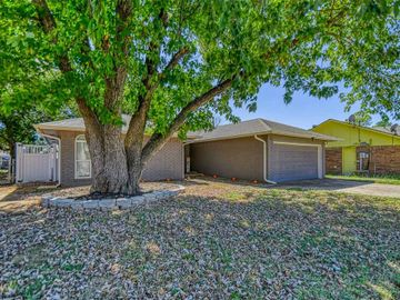 1928 Shelby Court, Norman, OK, 73071,