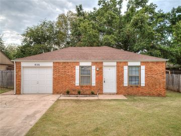 836 Hawks Nest Drive, Norman, OK, 73072,