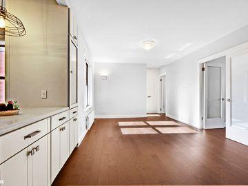 166 E 92ND Street #6A, New York City, NY, 10128,