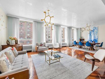 Undisclosed Address, New York City, NY, 10021,